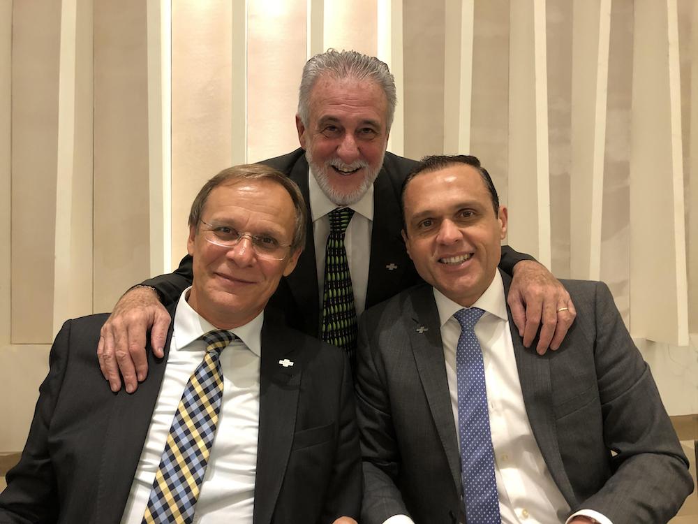 A Com Os Outros Dois Diretores Do Sebrae Nacional, Carlos Melles E Bruno Quick
