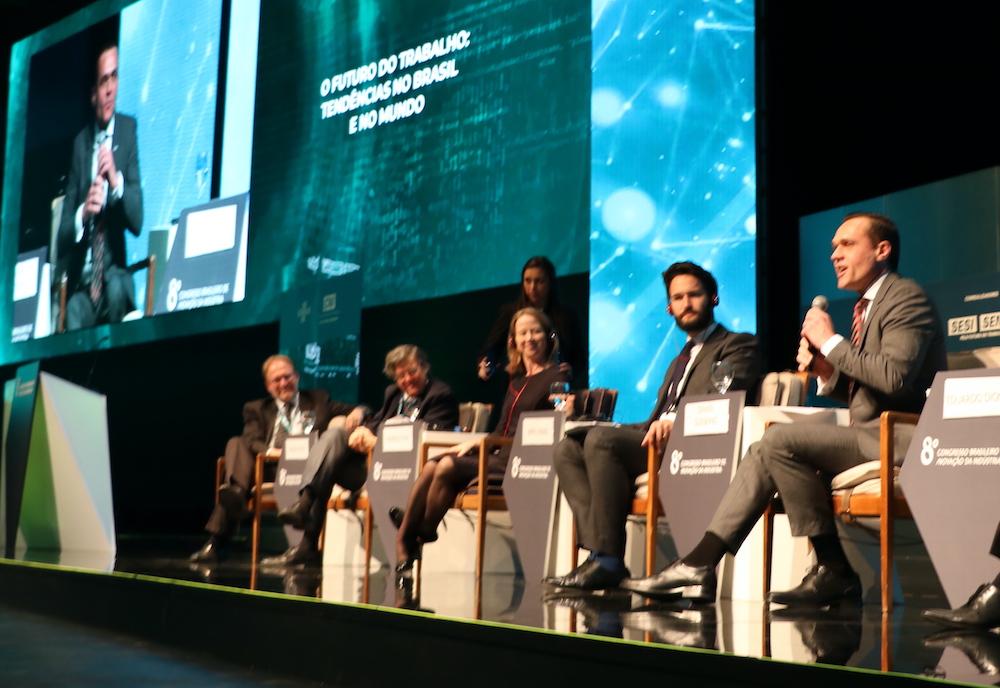 A Com Painelistas Internacionais Debatendo O Futuro Do Trabalho, Por Ocasião Do 8o Congresso De Inovação, São Paulo Em 2019