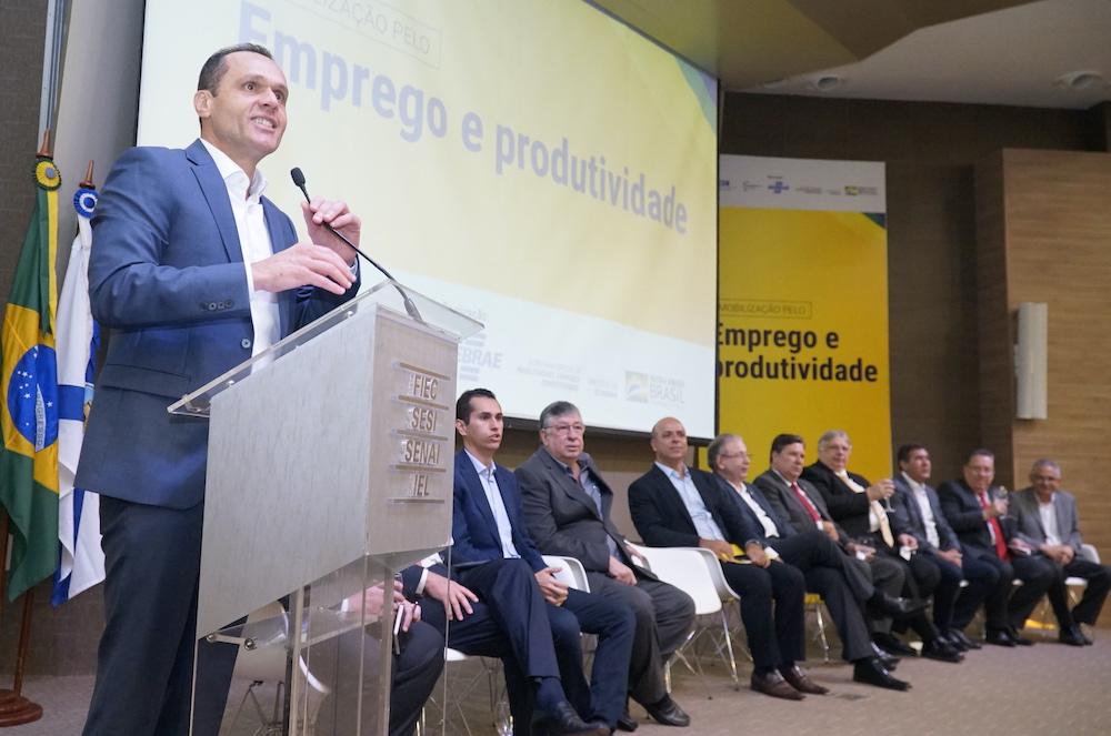 A Com Vários Líderes Empresariais E Institucionais, No Lançamento Do Mobiliza (emprego E Produtividade), Na Sede Da Fiec, Evento Que Contou Com Mais De 1.000 Participantes Em 2020