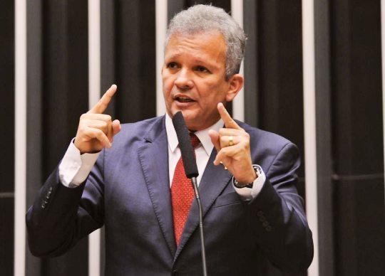 André Figueiredo diz que PDT quer eleger 70 prefeitos e 600 vereadores no Ceará