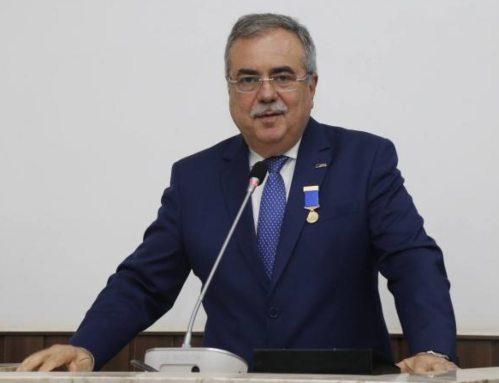 Assis Cavalcante solicita três medidas à Sefaz para auxiliar comércio na retomada