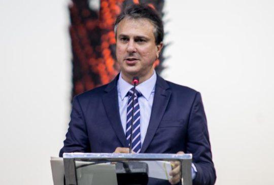 Camilo destaca a necessidade da reforma tributária e garantia da renda mínima