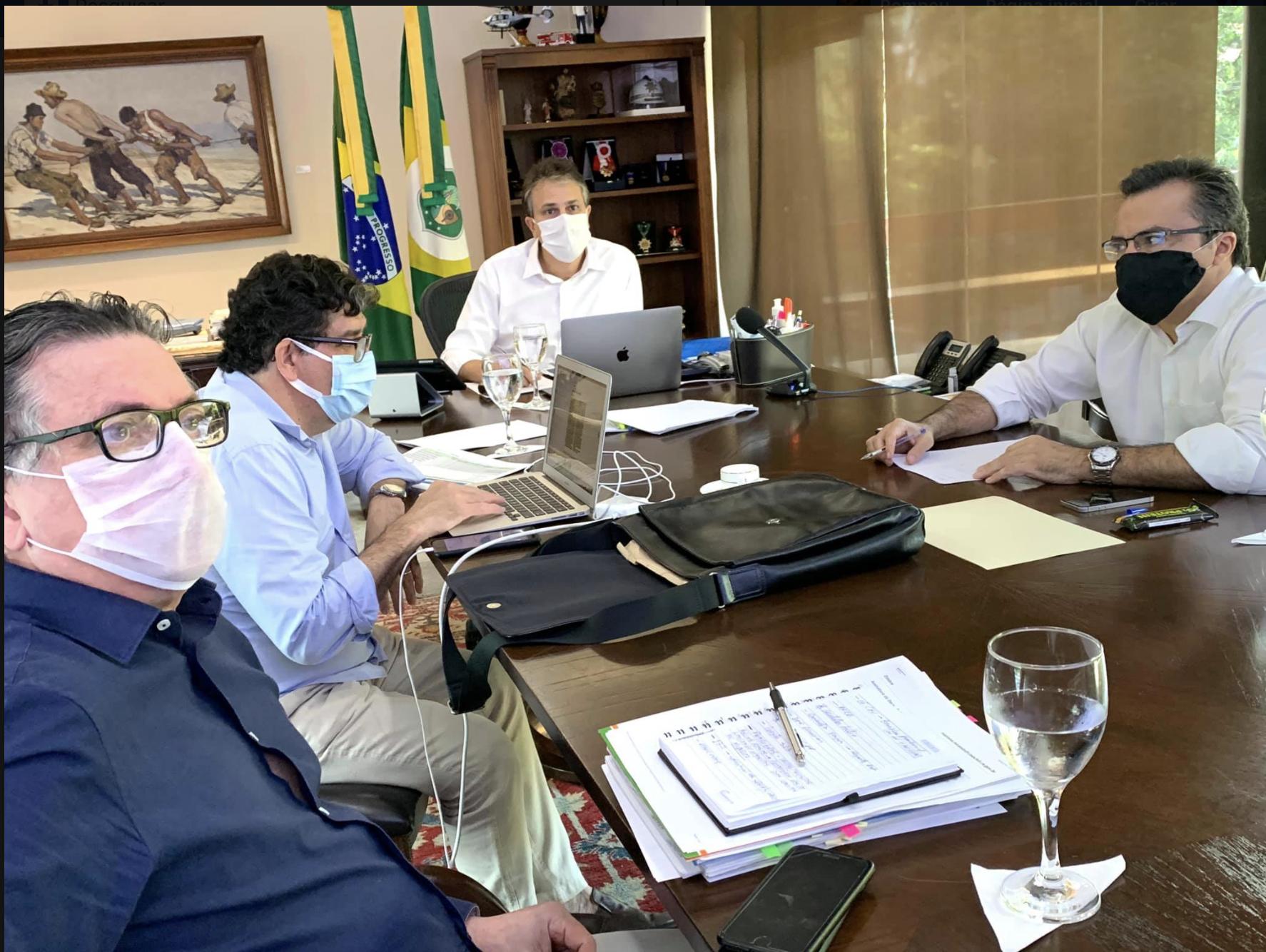 Camilo Santana define neste sábado se avança para a próxima fase do Plano de Retomada