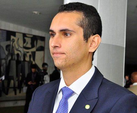 Adiamento das eleições recebe amplo apoio no Seminário de Gestores Públicos