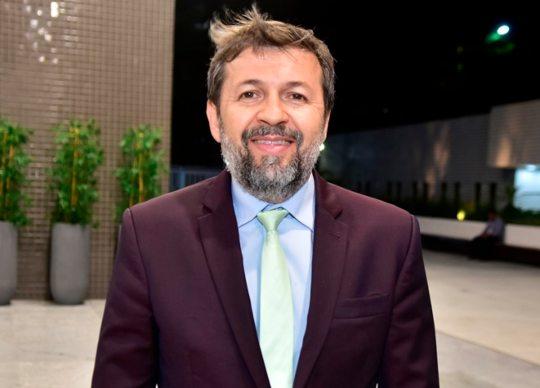 Élcio Batista diz que Fórum Econômico Mundial já propõe o The Great Reset