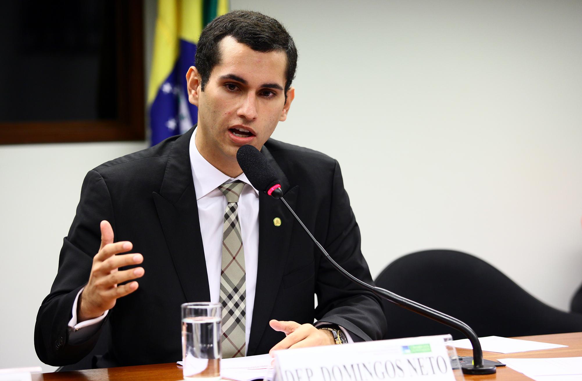 Domingos Neto consegue andamento de cinco obras com a diretoria do DNIT