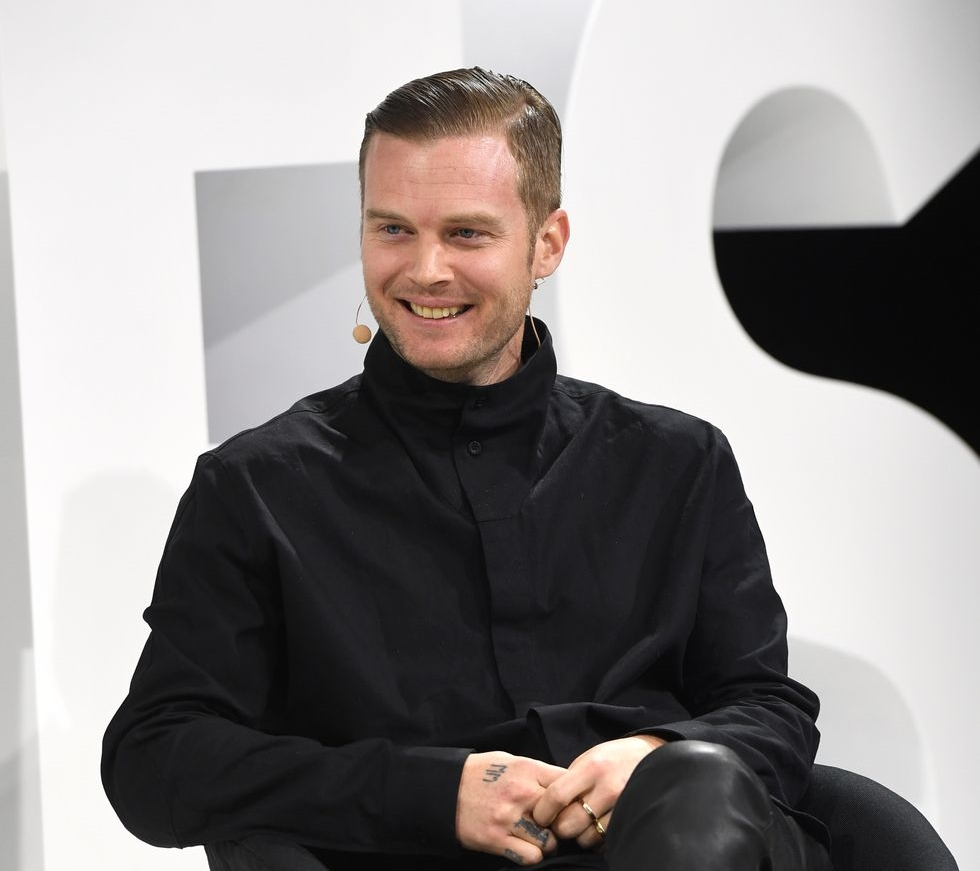 Givenchy anuncia Matthew M. Williams como novo diretor-criativo