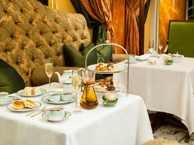 The Dorchester ensina a fazer o acompanhamento perfeito para um chá da tarde inglês