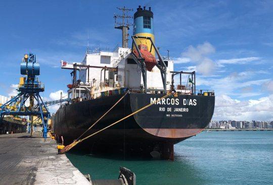 Porto de Fortaleza movimenta 256 mil toneladas de granéis sólidos em maio