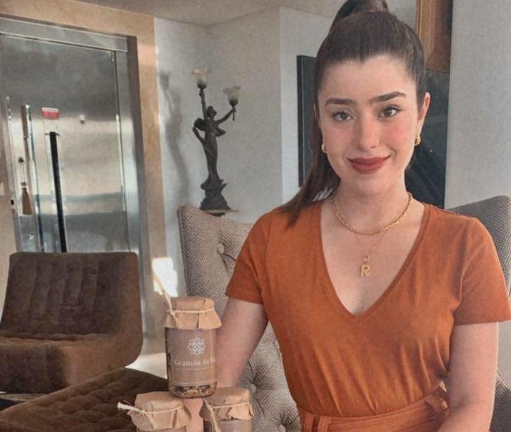 Rayssa Cavalcante Ary se lança no mercado empreendedor com granola natural