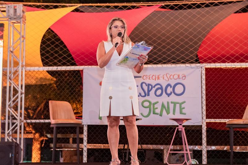 Vanessa Queirós celebra os 15 anos da Creche Escola Espaço Inteligente