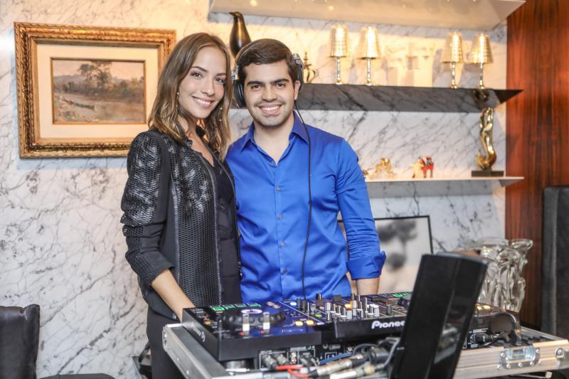 Giovana Bezerra e Pedro Garcia participam de live em prol da Rede Sol