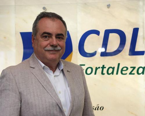 Assis Cavalcante defende a ampliação do horário de atendimento das lojas