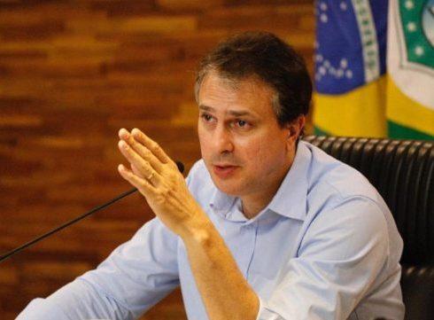Camilo anuncia que academias, bares, escolas e eventos não deverão voltar na Fase 4 do plano de retomada econômica
