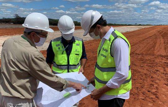 Camilo vistoria as obras de ampliação da ZPE Ceará, com 23 hectares, no Setor 2