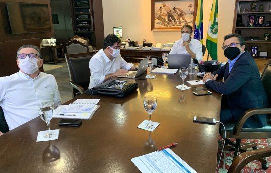 Camilo inicia a análise dos indicadores que deverão embasar o novo decreto
