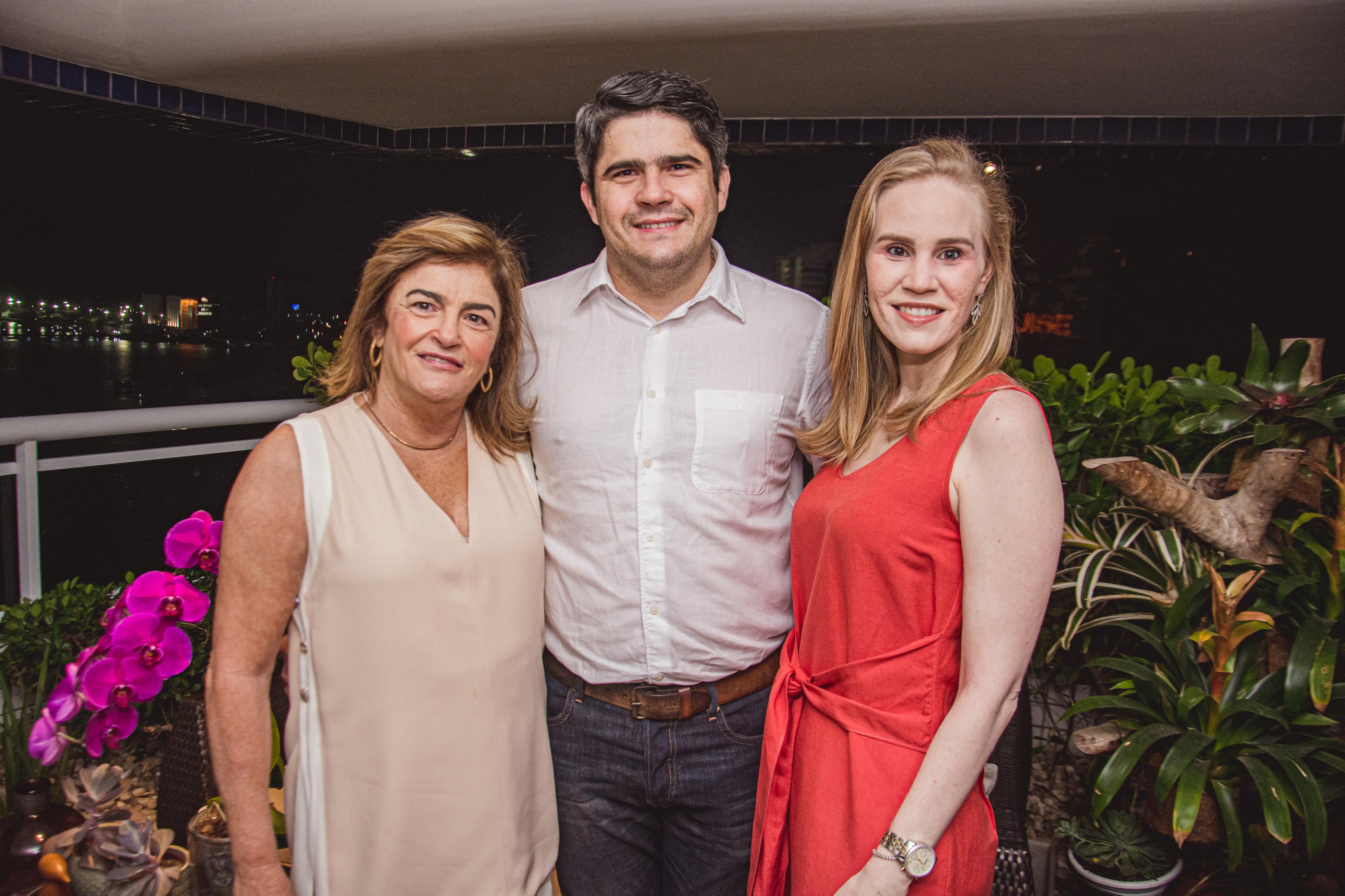 Carla Lima, Anderson Quintao E Lia Lousada