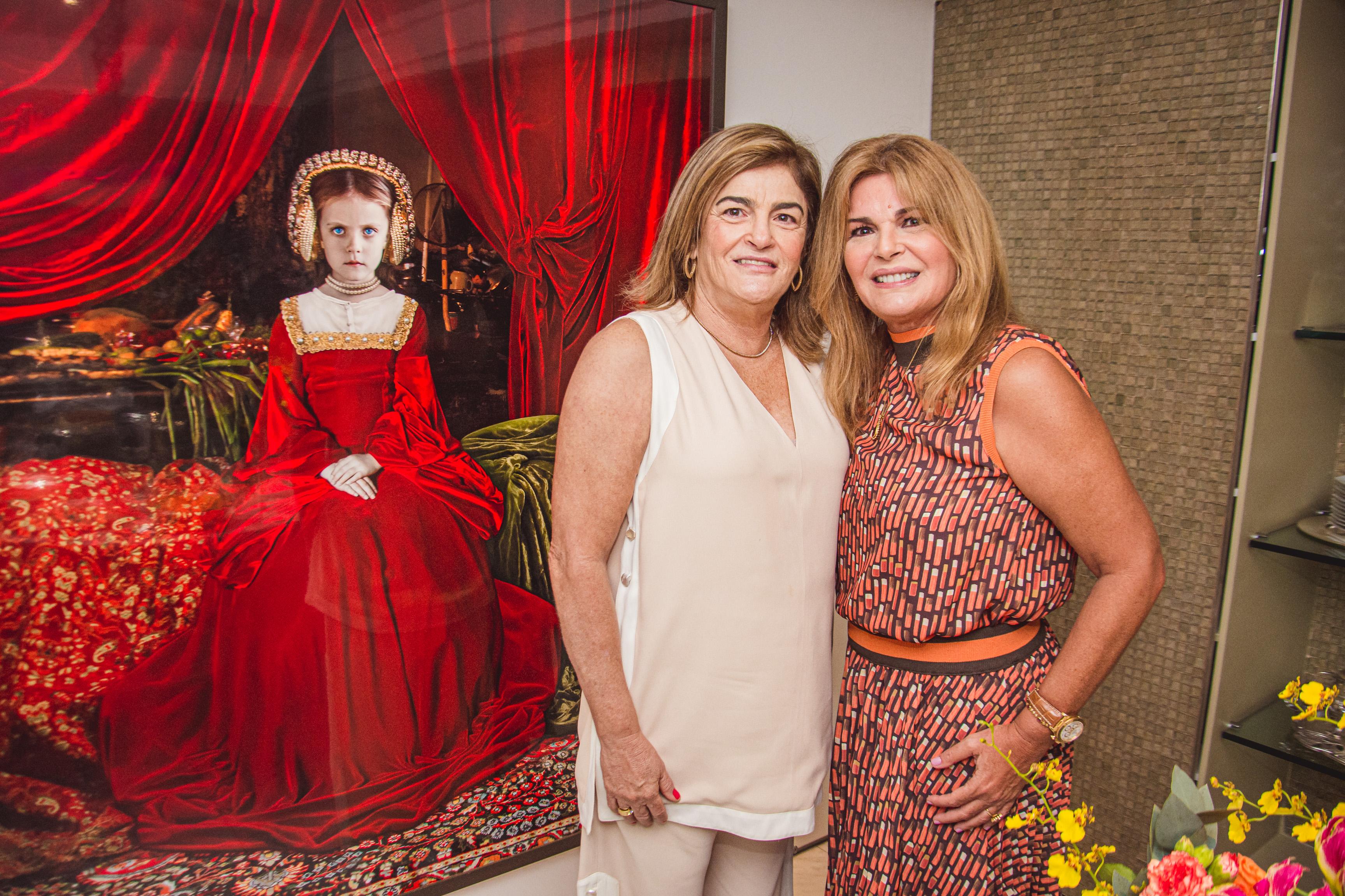 Carla Lima E Cristiane Lima (2)
