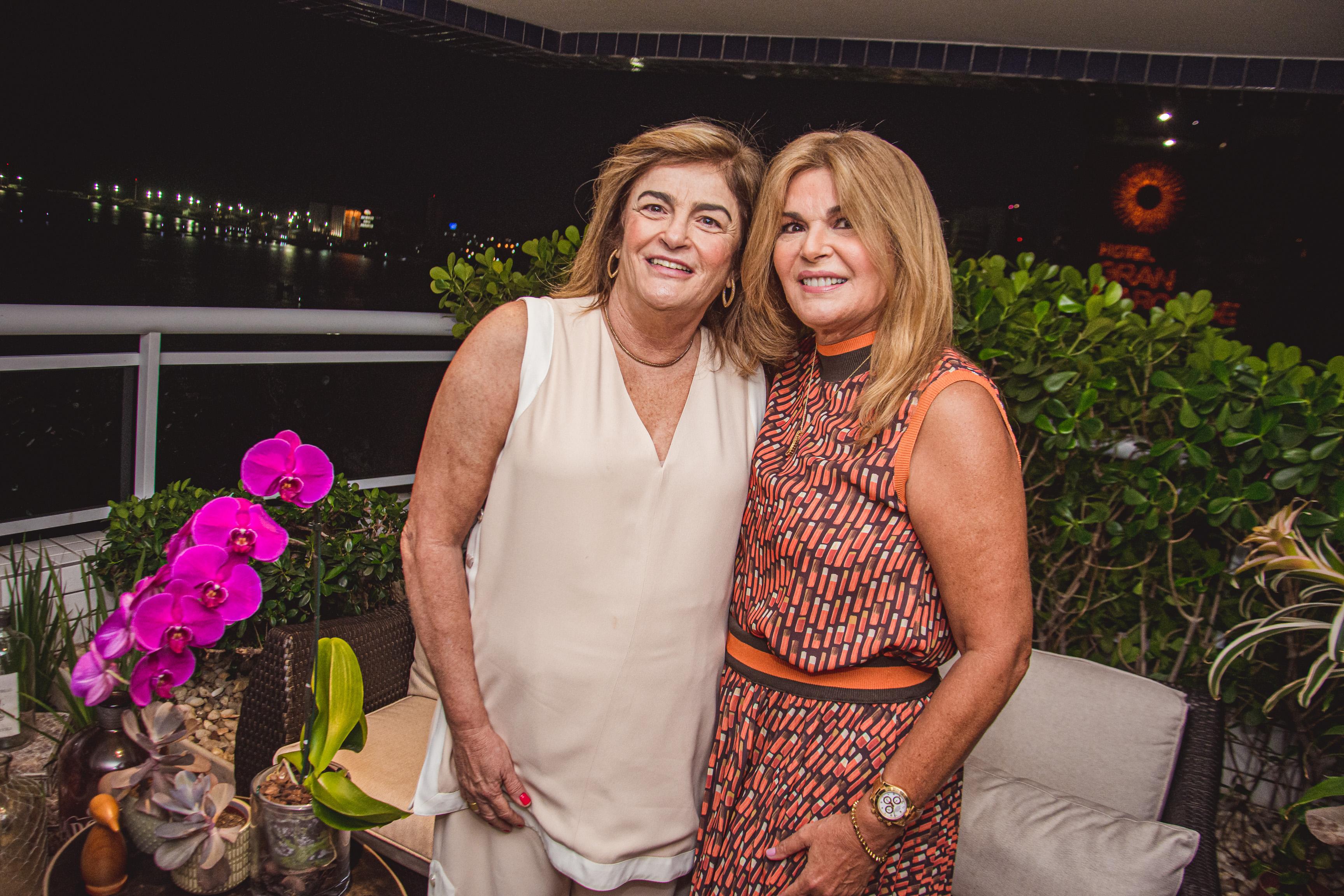 Carla Lima E Cristiane Lima
