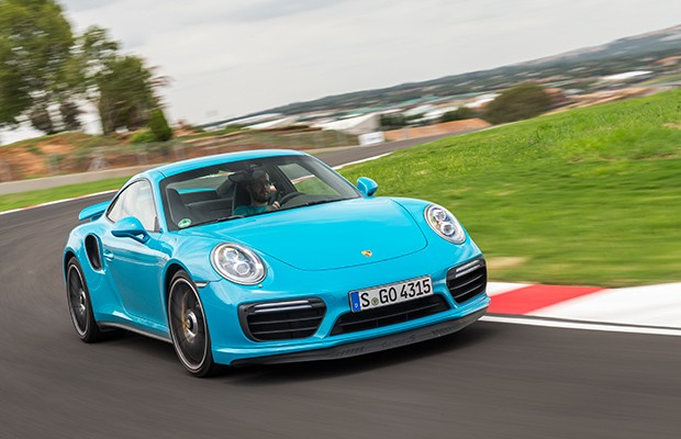Enquanto mercado se retrai, Porsche vende 84% a mais