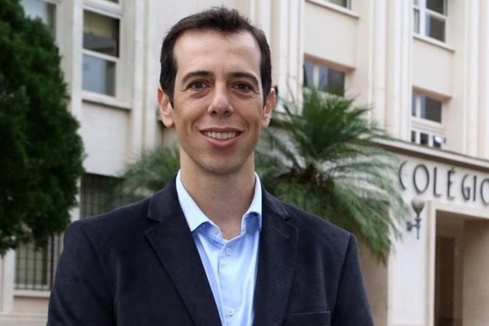Renato Feder escolhido por Bolsonaro para assumir o Ministério da Educação