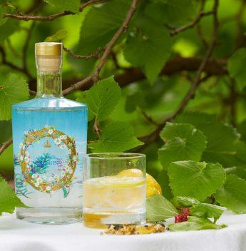 Família Real lança gin com ervas cultivadas no Palácio de Buckingham