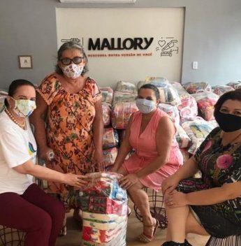 Grupo Mulheres do Brasil realiza doação para comunidade de artesãs do Estado