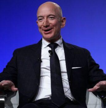 Jeff Bezos tem sua fortuna alçada ao patamar recorde de US$ 172 bilhões