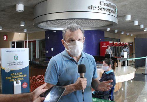 José Sarto inspeciona medidas para a retomada das sessões presenciais na AL