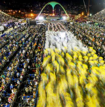 Escolas de samba do Rio adiam para setembro decisão sobre Carnaval 2021