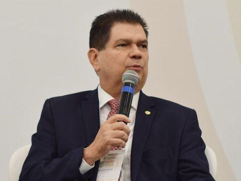Mauro Filho quer garantir R$ 16 bilhões para fundos de estados e municípios