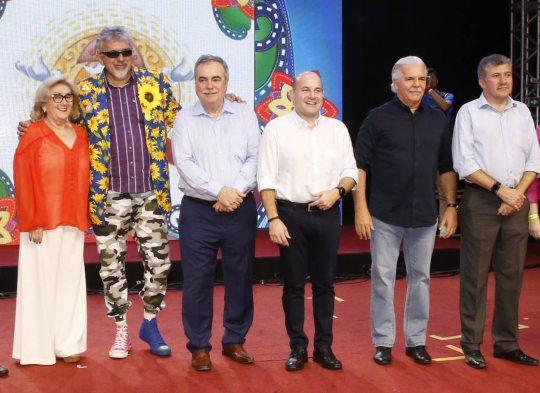 """CDL de Fortaleza define """"Seja amor, seja luz"""" como lema do Ceará Natal de Luz"""