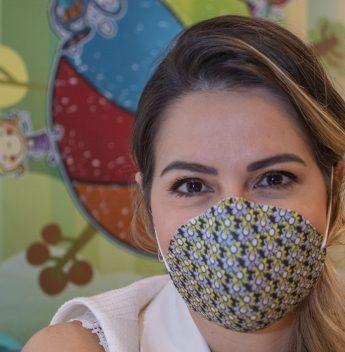 Em prol da solidariedade, marcas e estilistas cearenses produzem máscaras para doação