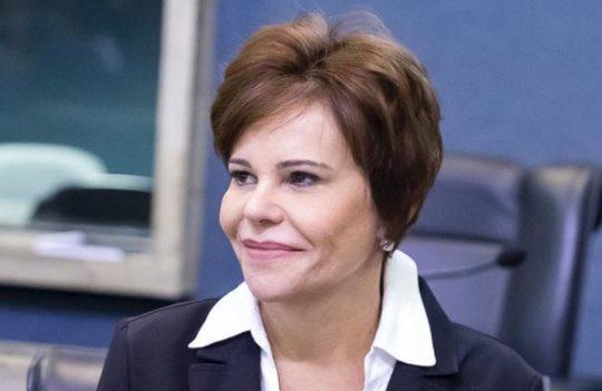 Patrícia Aguiar tem projeto sancionado por Camilo Santana criando o Dia Estadual de Combate ao Coronavírus