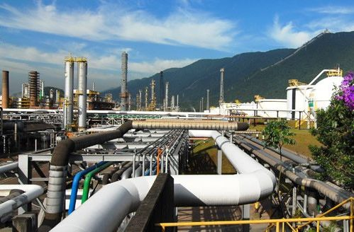 Petrobras vai melhorar a qualidade da gasolina nacional, mas preço deve subir