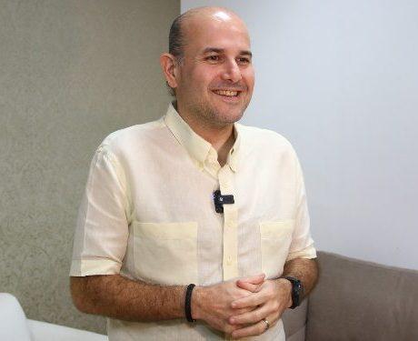 Roberto Cláudio amplia atendimentos do Sintonia para os servidores da educação