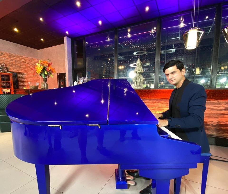Paulo Rodrigo adquire piano exclusivo para abrilhantar os eventos sociais da cidade