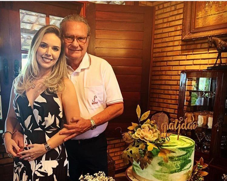Chiquinho Feitosa celebra a troca de idade em clima intimista