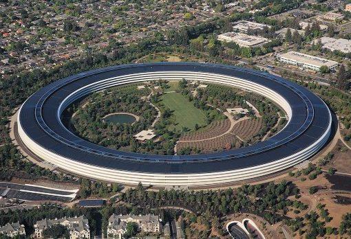 Apple atinge a marca de US$ 1,84 trilhão e é a empresa mais valiosa do planeta