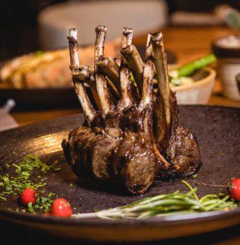 Menu Degustação do Colosso retorna com pratos assinados pelo chef Ivan Prado