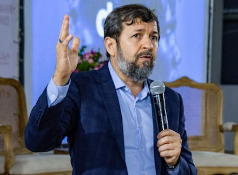 Élcio Batista participa de debate com os pré-candidatos à Prefeitura de Fortaleza