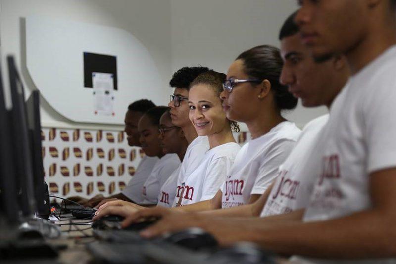 Instituto JCPM oferta vagas para cursos e oficinas gratuitas de forma online