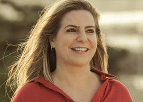 Luizianne Lins diz que TSE deveria cassar a chapa do presidente Jair Bolsonaro