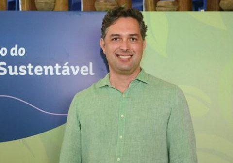 Murilo Pascoal debate a operação de parques durante o Festuris Connection
