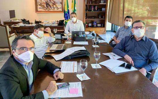 Camilo diz que novo decreto não altera situação das macrorregiões de saúde