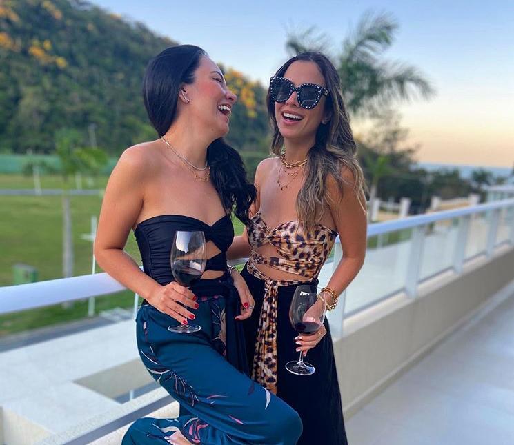 Mikaela Bottura e Daniela de Paula se preparam para lançar a nova coleção da Salt