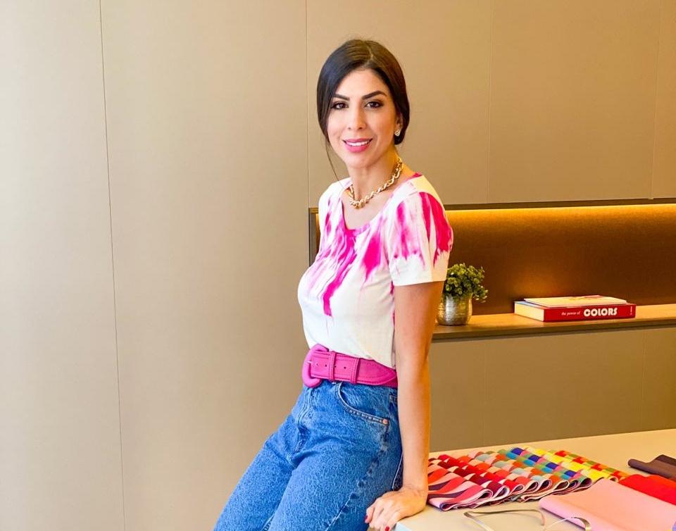 Luciana Borges comenta sobre a nova trend que vem colorindo o guarda-roupa de muita gente