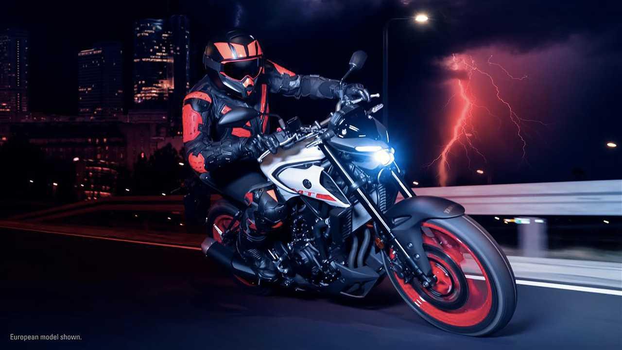 Por R$ 25.940, Yamaha MT-03 chega à nova linha com visual inspirado