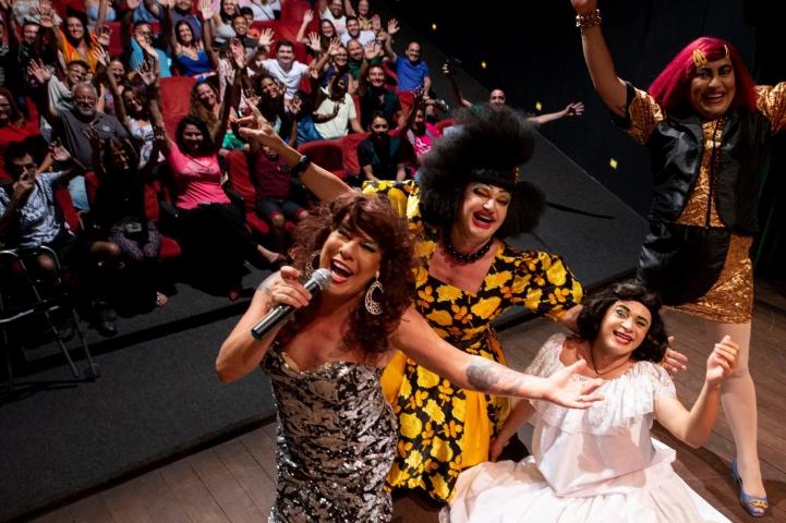 RioMar Fortaleza retoma programação especial de humor no fim de semana