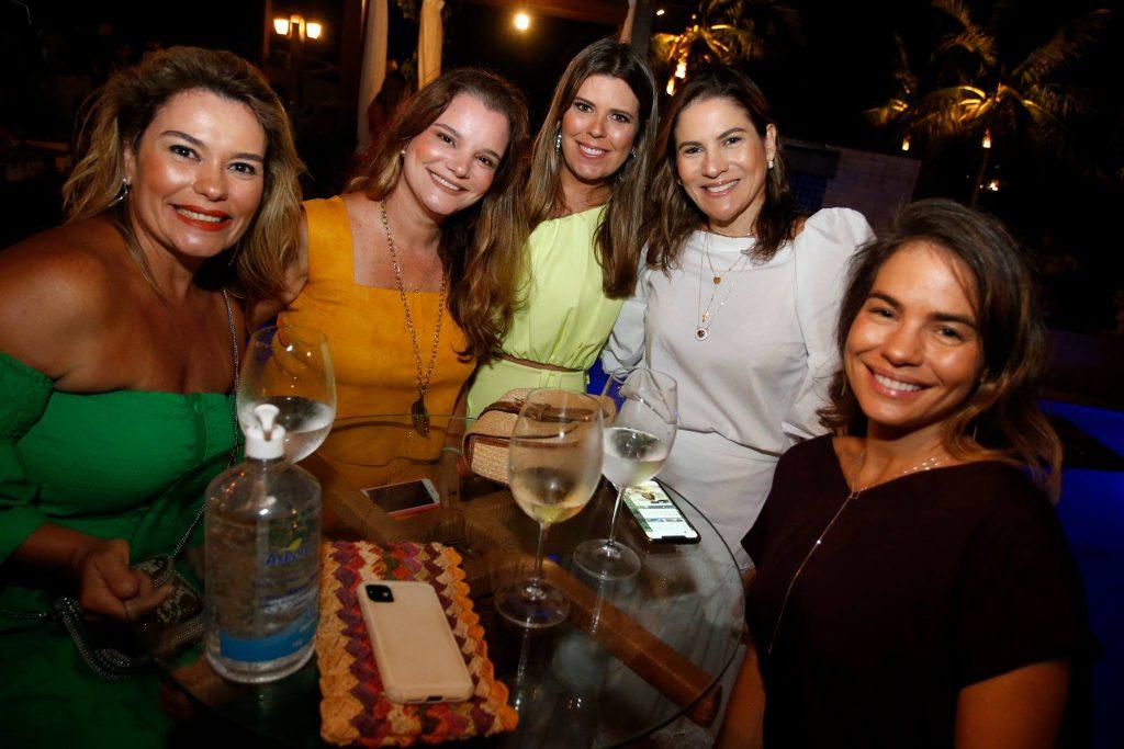 Ana Maria Fugueiredo, Lea Fontenele, Marina Albuquerque, Luciana Borges E Gina Belem